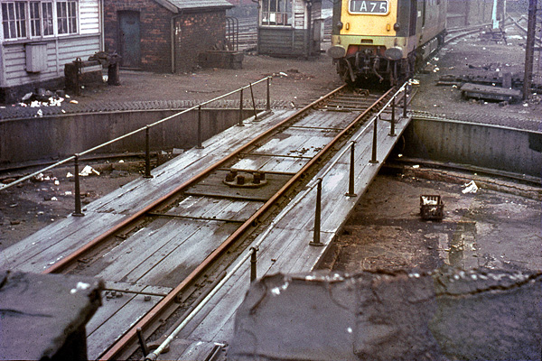 Leeds Central turntable
